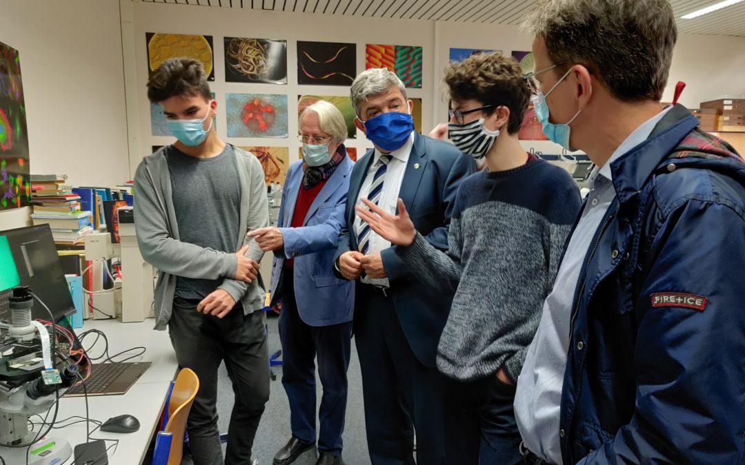 60.000 Euro Förderung für das Mikro-MINT: Schülerforschungszentrum Rostock